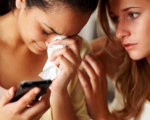 Cara menyikapi Saat Mantan Kekasih Berpacaran Dengan Sahabat Sendiri oleh SeigEmpat