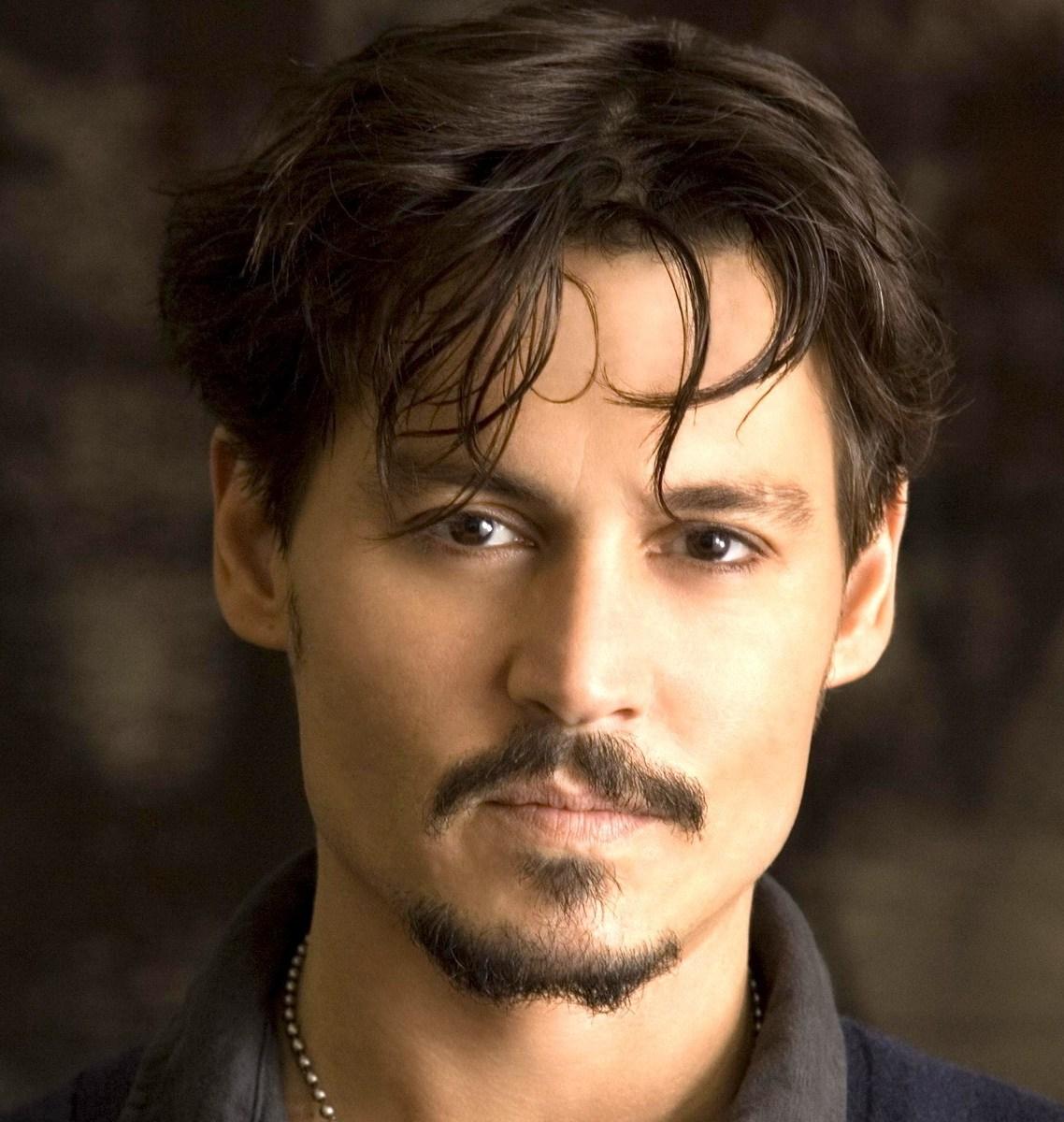 Foto Johnny Depp oleh segiempat