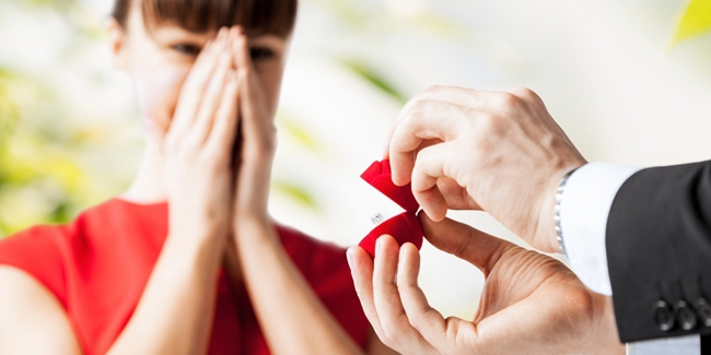4 Tanda Kesiapan Wanita Disaat Dirinya Akan Menikah oleh SegiEmpat